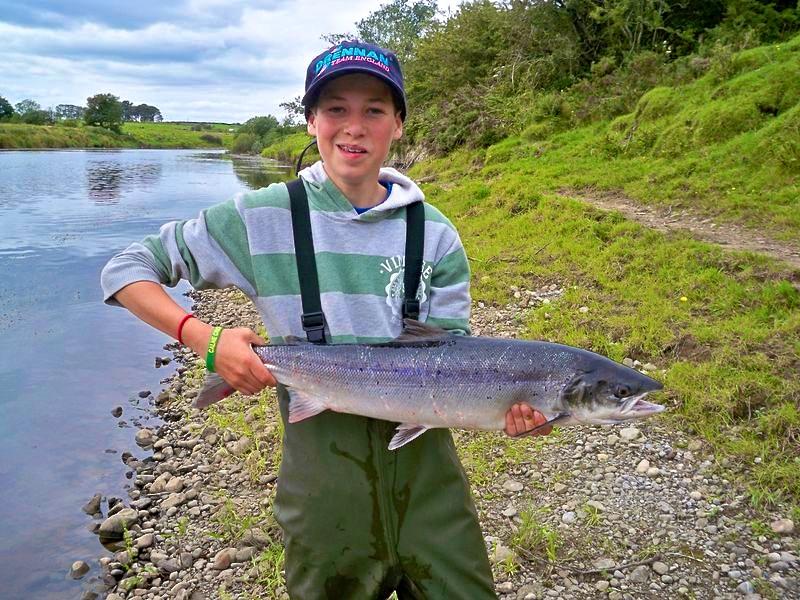 pesca-a-mosca-salmone